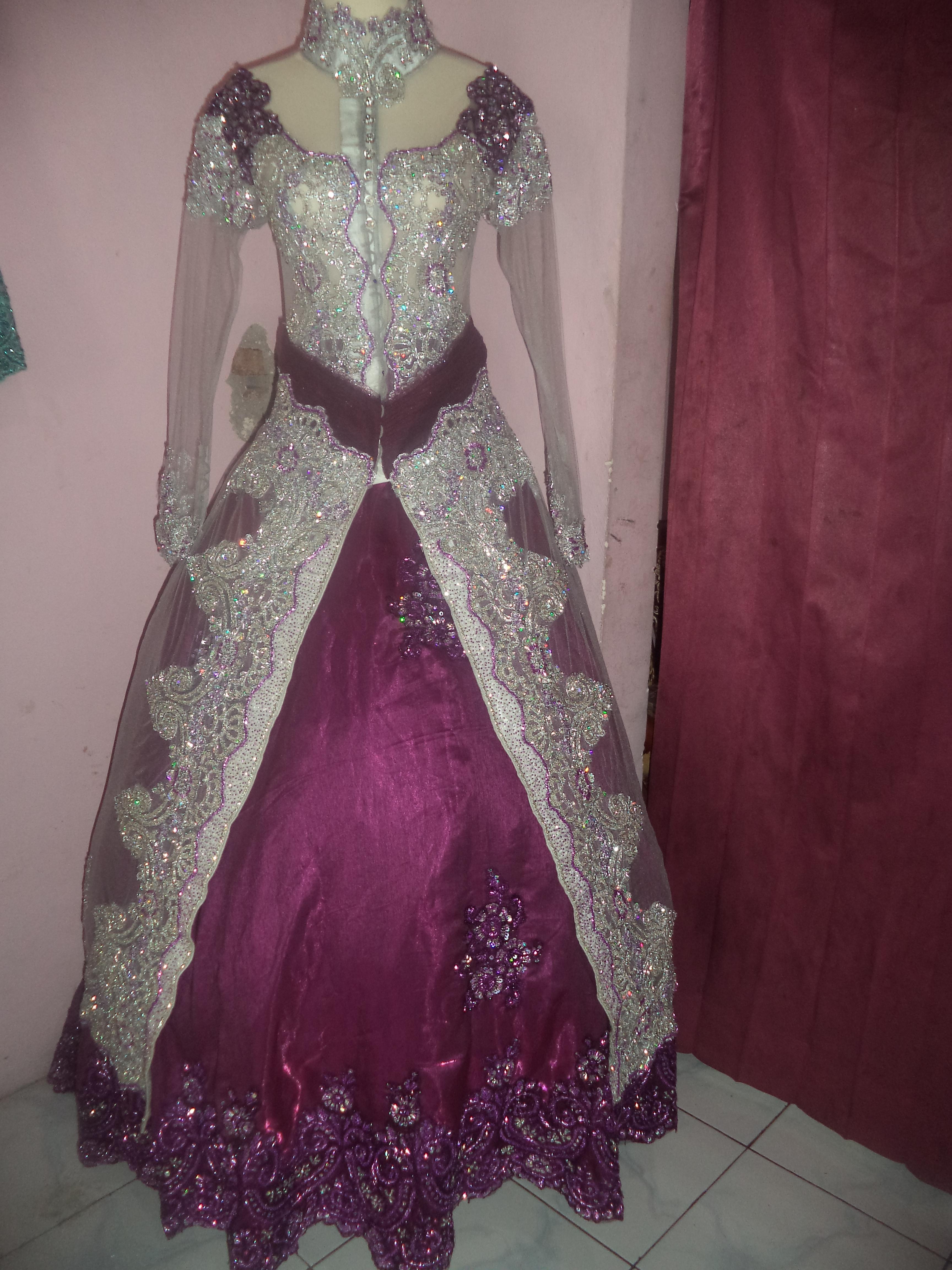 Baju Pengantin Warna Ungu Inspirasi Pernikahan